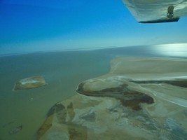Lake Eyre Scenic Flights