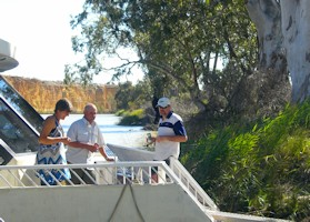 Murray River Guided Houseboat Cruise